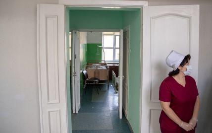 Київ на порозі локдауну: місць в лікарнях майже не лишилося, медики б'ють у набат - коронавірус всюди