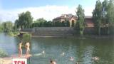 На Киевщине охранник роскошного особняка стрелял в детей из дробовика
