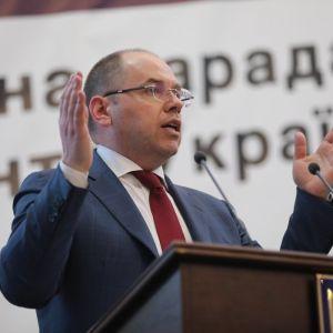 Поїздки за кордон: Степанов пояснив, хто може не проходити самоізоляцію