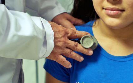 """""""Очень много больных детей, среди них дети до года"""": врач рассказал о негативной тенденции с коронавирусом"""