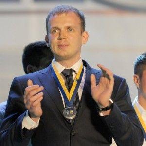 Коломойський підрахував, скільки і на чому на Донбасі заробляє олігарх-втікач Курченко