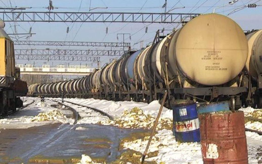 Нафтопродукти розлилися внаслідок вибуху. / © МВС