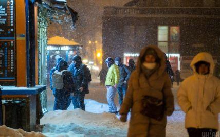 Київ знову опинився в топі міст з найбруднішим повітрям: норми перевищено майже втричі