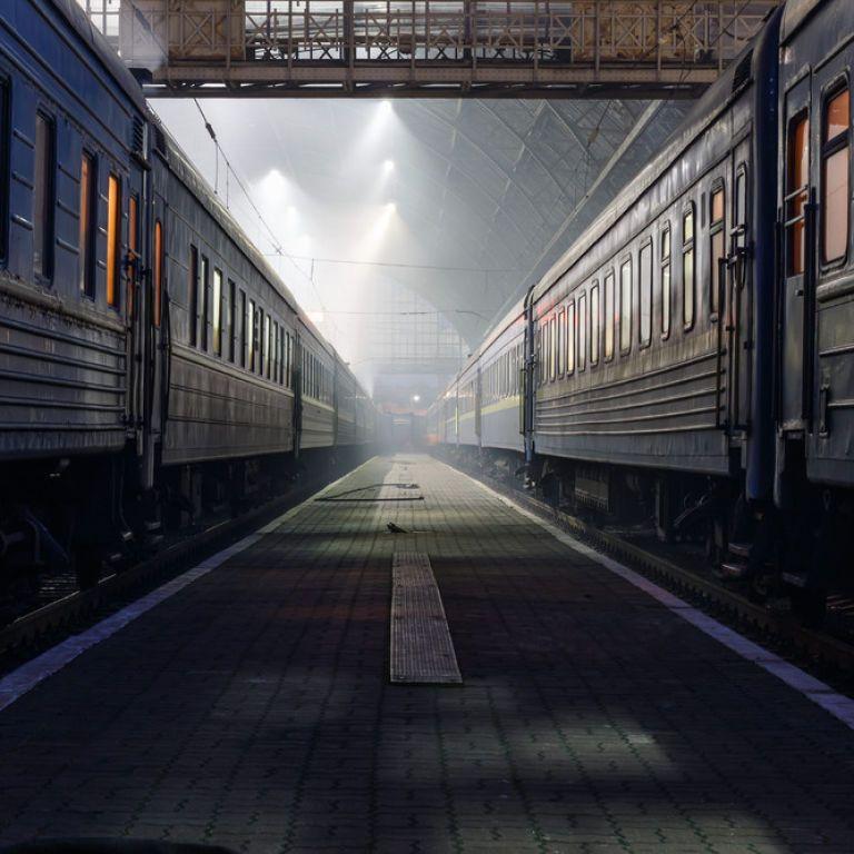 П'яний одесит впав під потяг на львівському вокзалі і втратив ногу