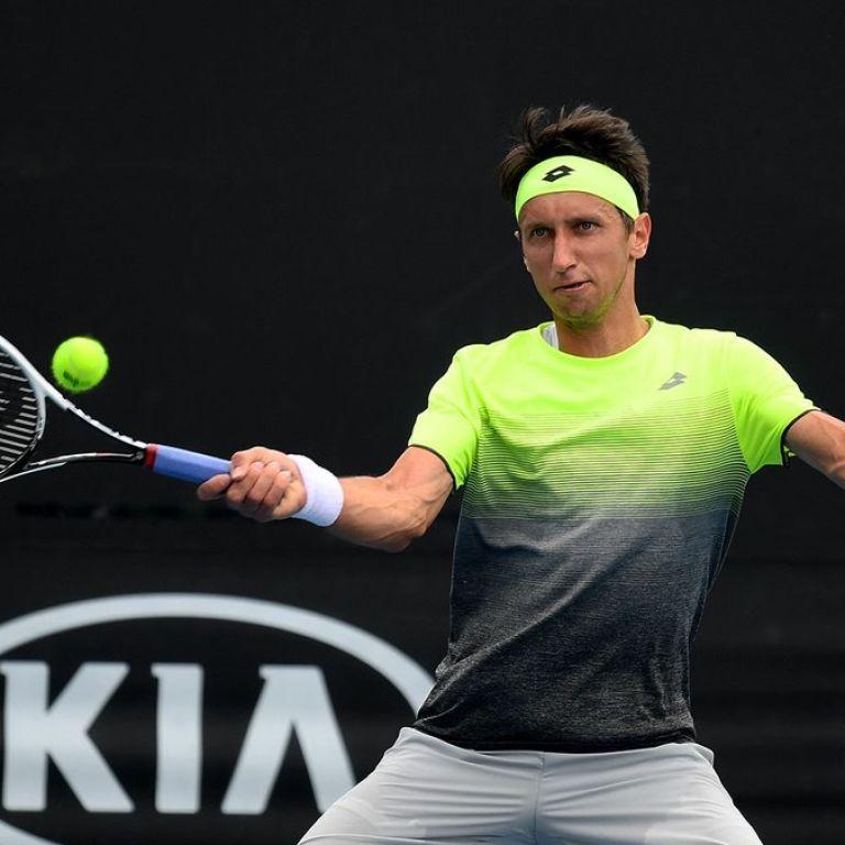 Стаховский одержал волевую победу над россиянином на турнире в Мельбурне