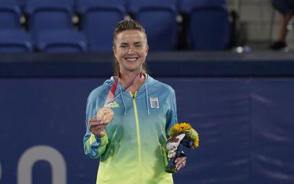 Историческая медаль в теннисе: как проходило награждение Элины Свитолиной на Олимпиаде в Токио