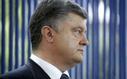 Порошенко рассказал, когда достроят оборонительные сооружения на Донбассе