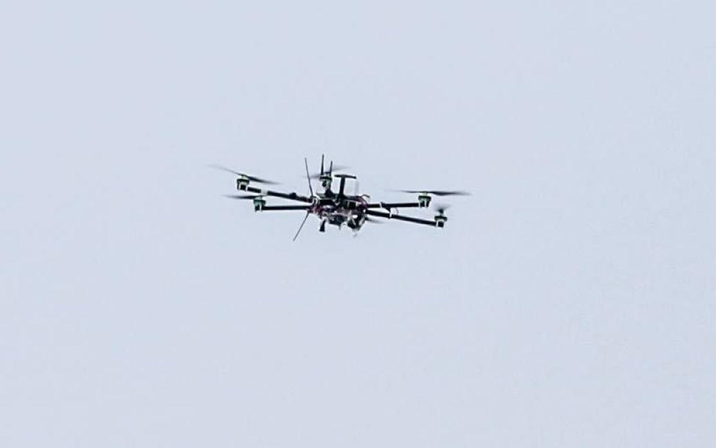 Порошенко передав військовим рекордний арсенал техніки / © facebook.com/petroporoshenko