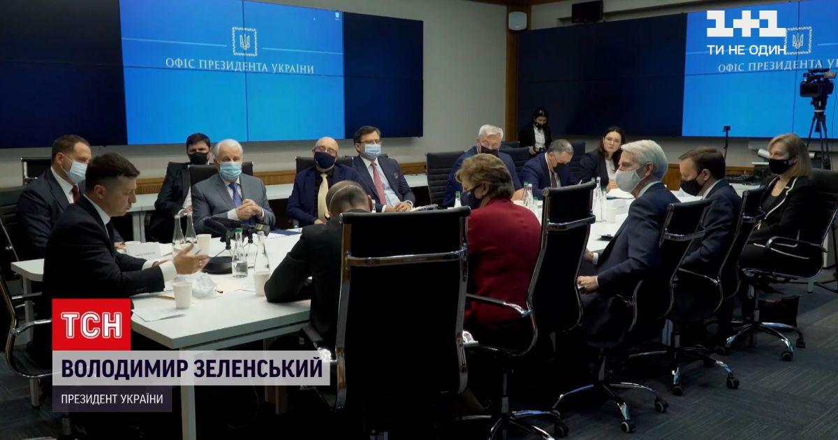 """Новости мира: американские сенаторы попытаются восстановить санкции против российского проекта """"Северный поток-2"""""""
