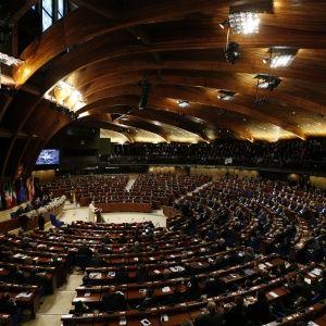 У ПАРЄ змінили правила формування комітетів, позбавивши місць представників України - ЗМІ