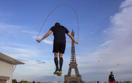 """""""Санитарный пропуск"""": во Франции для входа в рестораны, поезда, самолеты потребуется специальный документ"""