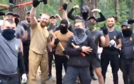 В полиции пообещали жестко отреагировать на погром лагеря ромов в Голосеевском парке