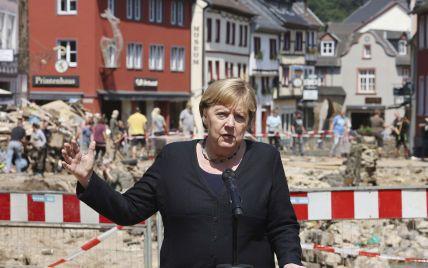 Число жертв в результате наводнения в Германии возросло, Меркель выступила с защитой системы предупреждения