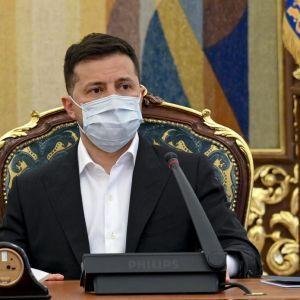 Зеленський очолює рейтинг на президентських виборах, але Бойко наздоганяє - опитування