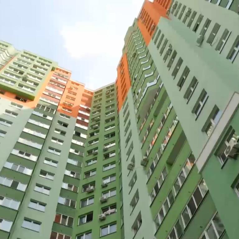 """Махінації на будівельному ринку: як можуть забрати житло - історія ошуканих інвесторів банку """"Аркада"""""""