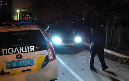 Ночью патрульная полиция взяла в осаду здание ГАИ в Одессе