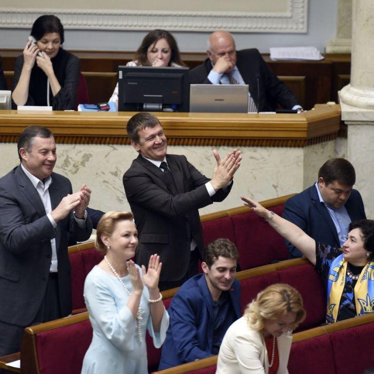 Тимошенко и Ляшко не дали провести вечернее заседание Рады