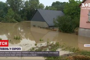 Новини світу: Сицилією пронісся буревій, а в Польщі повінь затопила кілька сіл