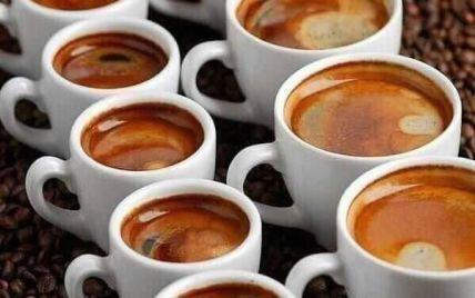 Як зменшити шкоду від кави без відмови від неї: 8 спецій, що нейтралізують негативний вплив кофеїну