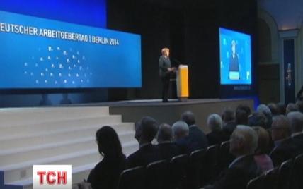 Меркель не буде запрошувати Путіна у Баварію на саміт G7