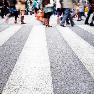 В Китае жестко наказывают пешеходов за нарушения правил поведения на дороге