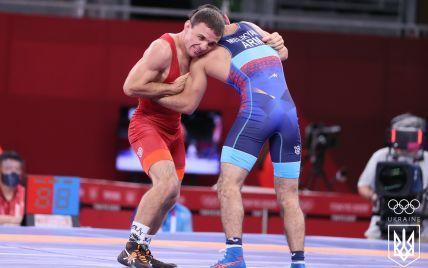 """Медаль вислизнула з рук: український борець програв поєдинок за """"бронзу"""" на Олімпіаді-2020"""