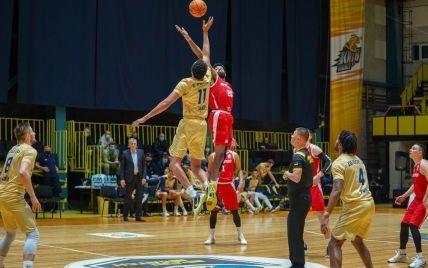 Будивельник - Прометей: видео матча за Суперкубок Украины по баскетболу