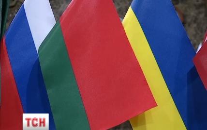Украинские представители назвали встречу контактной группы в Минске тяжелой