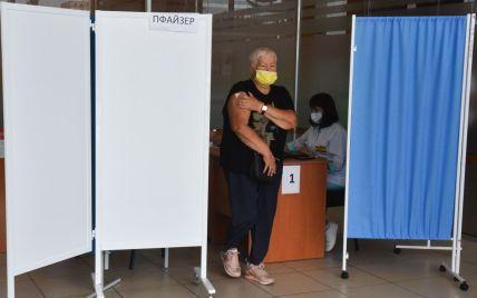 Пілотний проєкт: у Полтавській області проведуть виїзну вакцинацію пенсіонерів