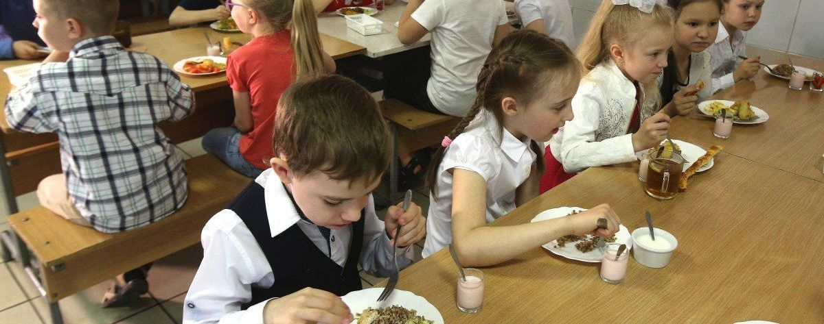 Минэкономики проверило питание в школах: какие проблемы обнаружили и как их будут решать
