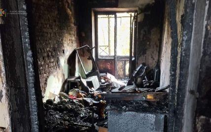 Едва не угорели: во Львовской области из огня спасли детей