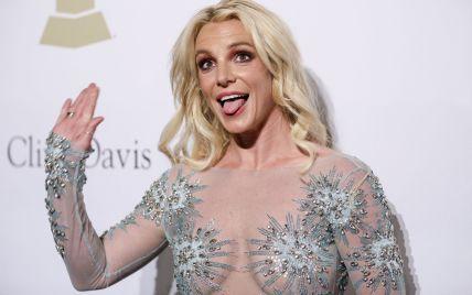 Бритни Спирс попала в психиатрическую больницу - СМИ