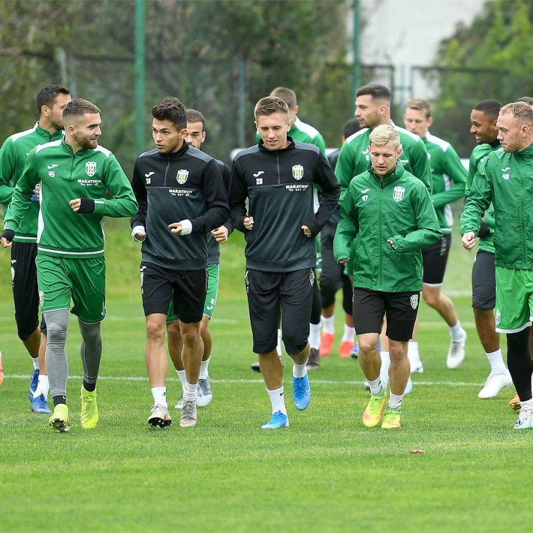"""ЗМІ повідомили долю """"Карпат"""" в українському футболі"""