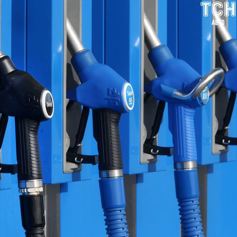 Уряд дозволив АЗС підвищити вартість бензину та дизельного пального: наскільки може піднятися ціна