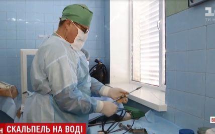 На Волині хірурги приловчилися долати рак за допомогою авіаційного інструменту
