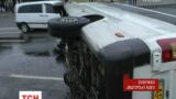У Запоріжжі на греблі ДніпроГЕС перекинулася маршрутка з пасажирами