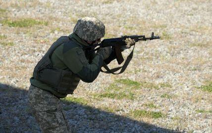 Бойовики не припиняють обстріли: один військовий ООС дістав поранення