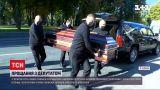 Смерть нардепа Антона Полякова: попрощаться с мужчиной пришли сотни людей