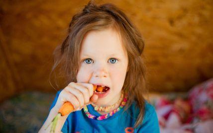 Как научить ребенка есть полезные продукты