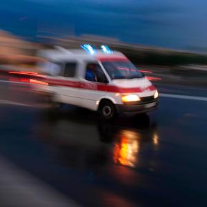 Умер по дороге в больницу: под Днепром мать до смерти избила 3-летнего сына
