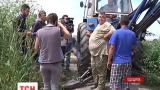 Одесские экологи с тяжелой техникой пошли против застройщиков в заповедной зоне