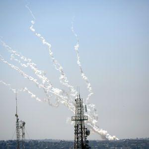 """Ізраїльська армія показала роботу """"Залізного купола"""" в дії"""