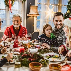 Топ праздничных традиций, которые принесут счастье в 2021-м