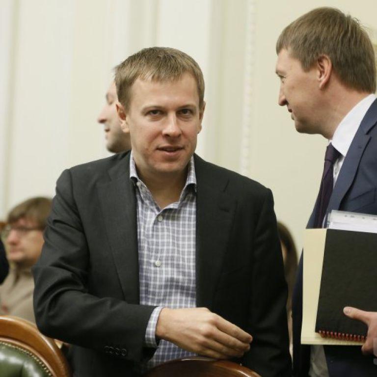 Нардеп Хомутиннік виявився бенефіціаром 40 компаній, а в 2015 заробив 166 млн грн