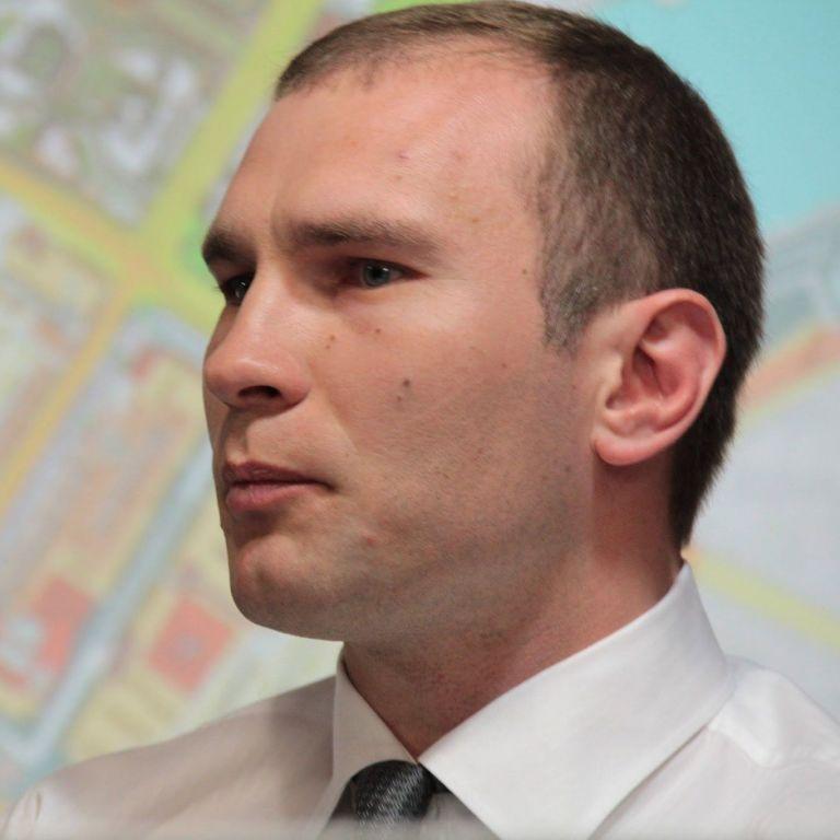 Критиковал местную власть: в Сумах выдвинули версии хладнокровного убийства депутата Жука