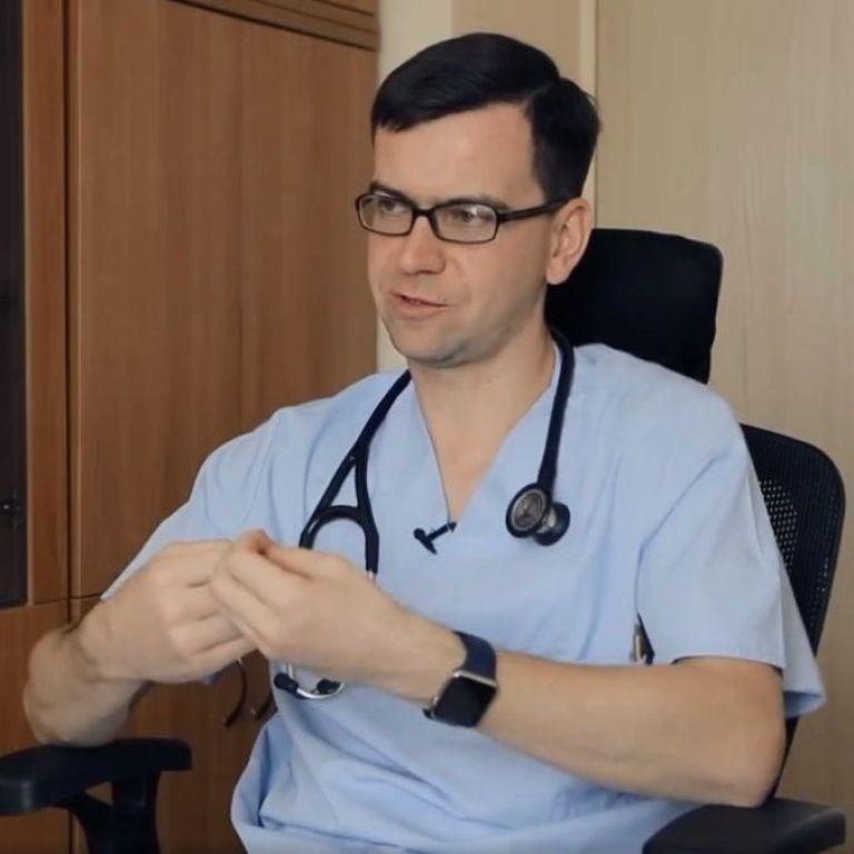 """""""Будут еще новые штаммы"""": врач рассказал, стоит ли бояться мутировавшего коронавируса"""