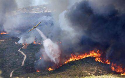 В Іспанії вирують лісові пожежі: близько 2 тисяч людей переселили до тимчасових помешкань