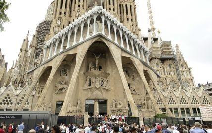 В Барселоне официально разрешили закончить строительство известного храма-долгостроя работы Гауди