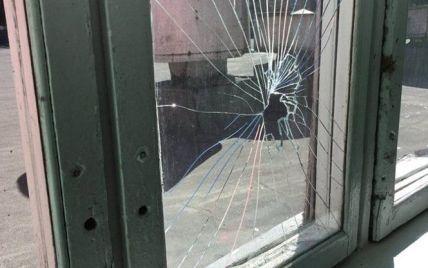 Все село живет в страхе: в Тернопольской области двое братьев избили ребенка и разгромили дом соседа