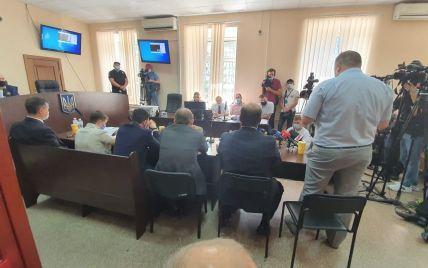 Віктора Медведчука опівночі можуть звільнити з-під домашнього арешту